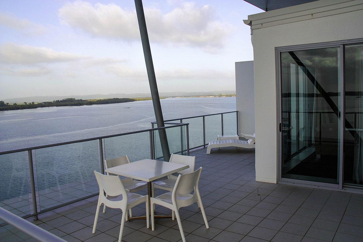 608 6 balcony west ramada hotel suites ballina byron news for The balcony byron